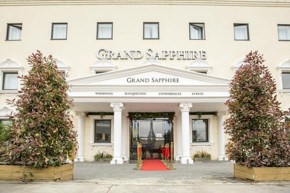 Grand Sapphire Hotel Banqueting London Meetings Weddings Events